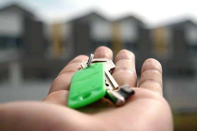 vender propiedad pero seguir viviendo en ella
